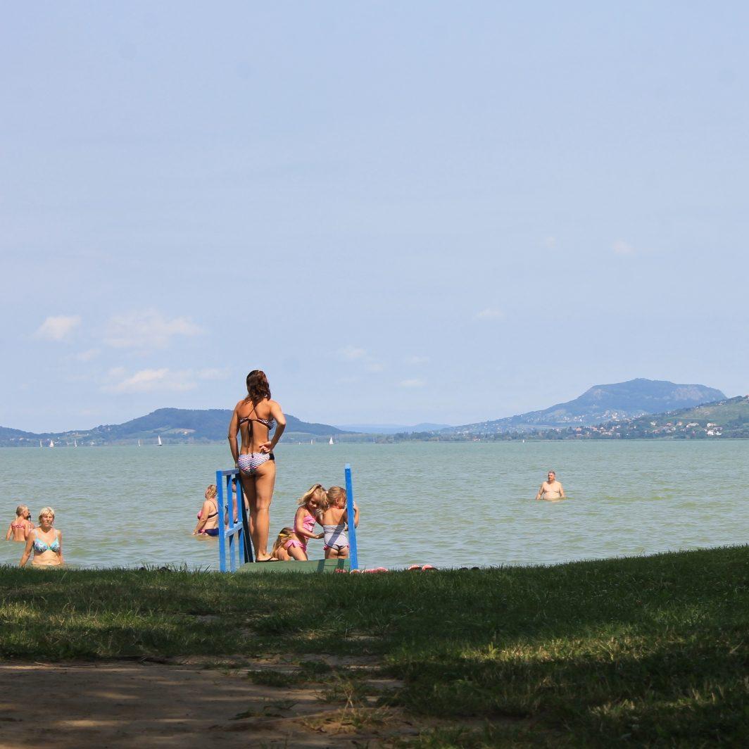 Nyár, Balaton. Mi kell még?