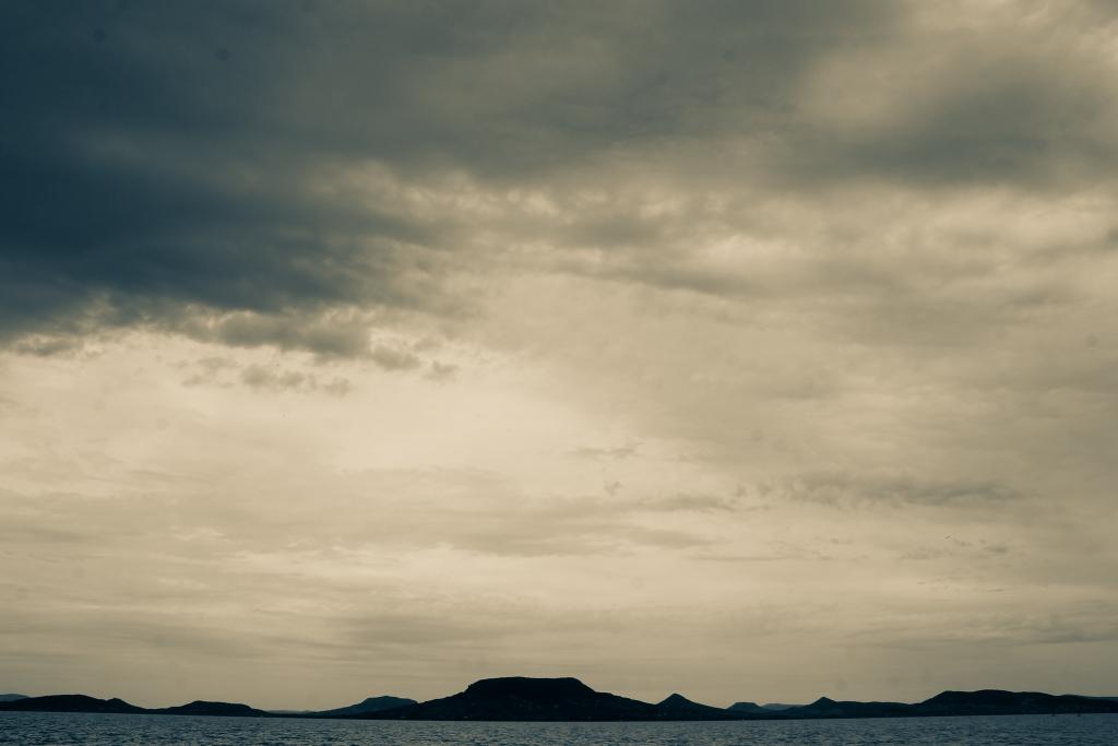 #storm #summer #hungary #balaton #cloudporn #enyemabalaton #canon