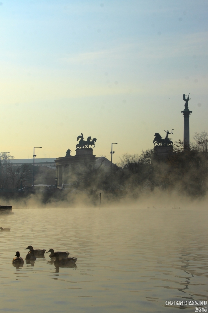 Köd a Városligetben